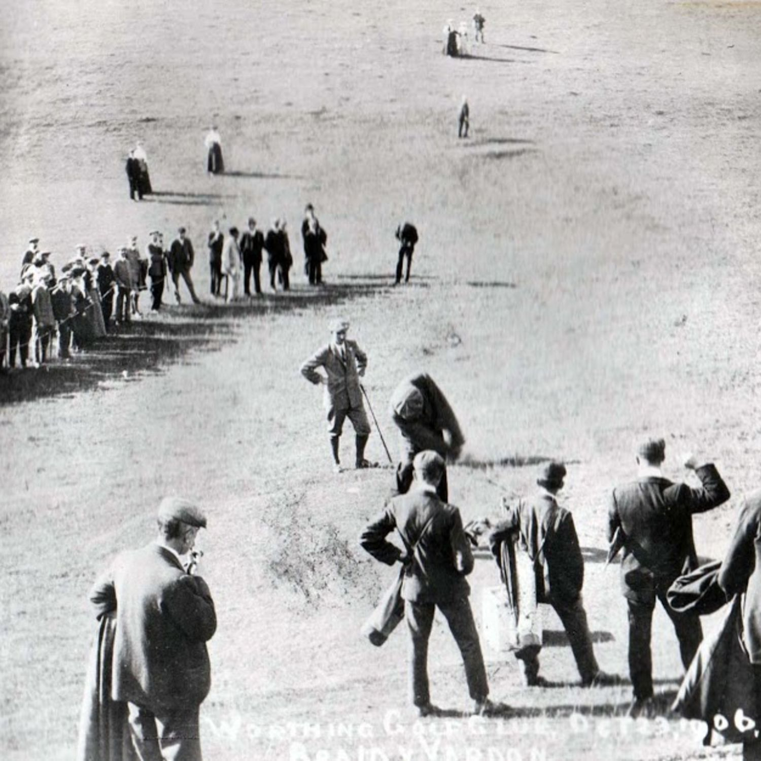 The exhibition match in 1906