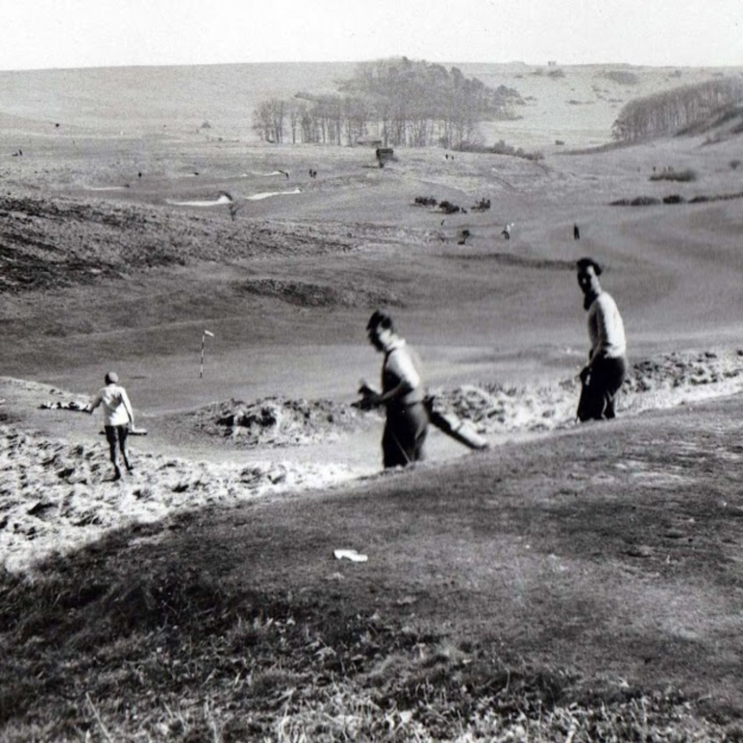 1947 The 9th tee lower, with the 8th green and fairway beyond