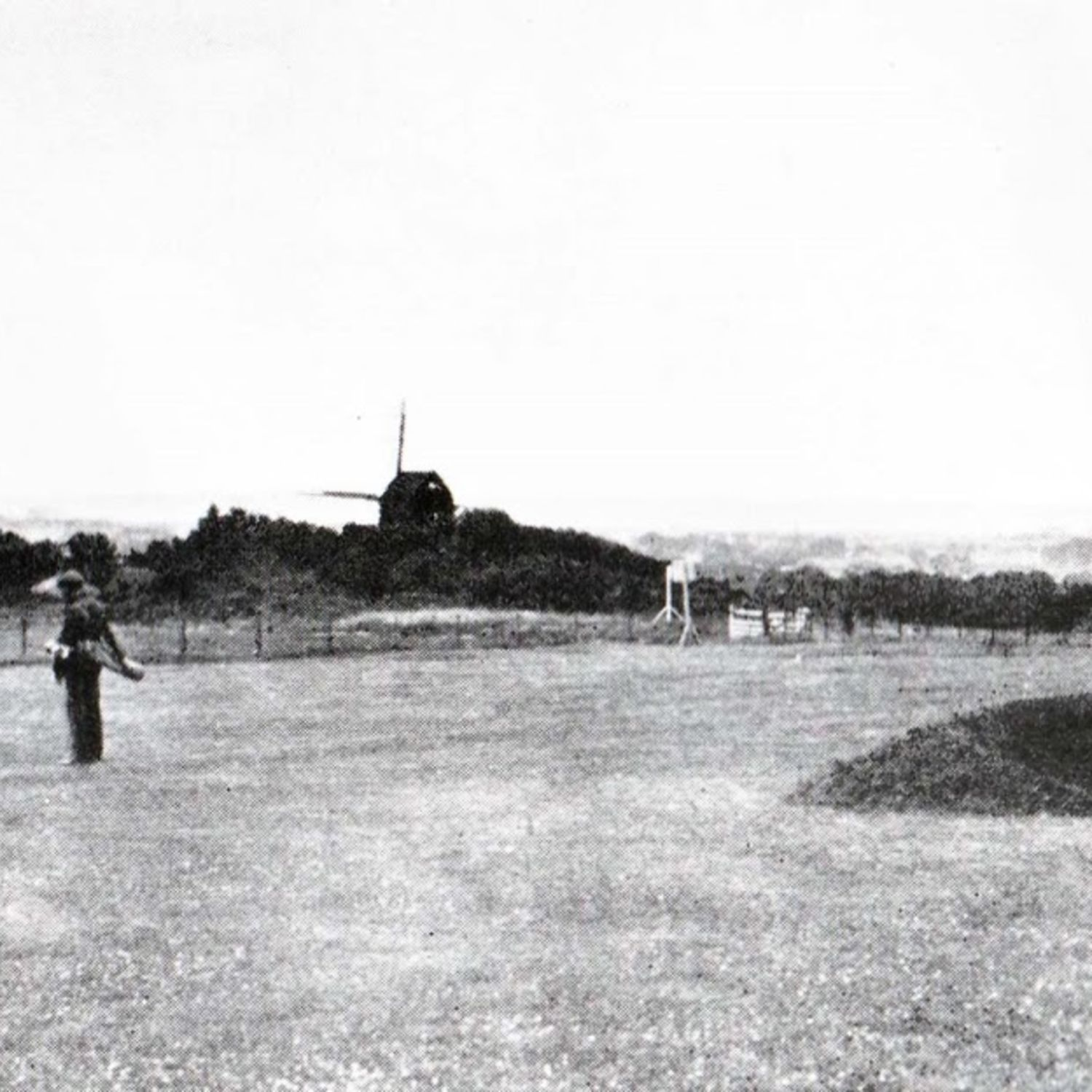Today it would be the 16th green lower. The Broadwater Windmill can be seen in the background. c1909